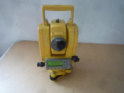 Topcon GTS 211D Tachymeter Total Station
